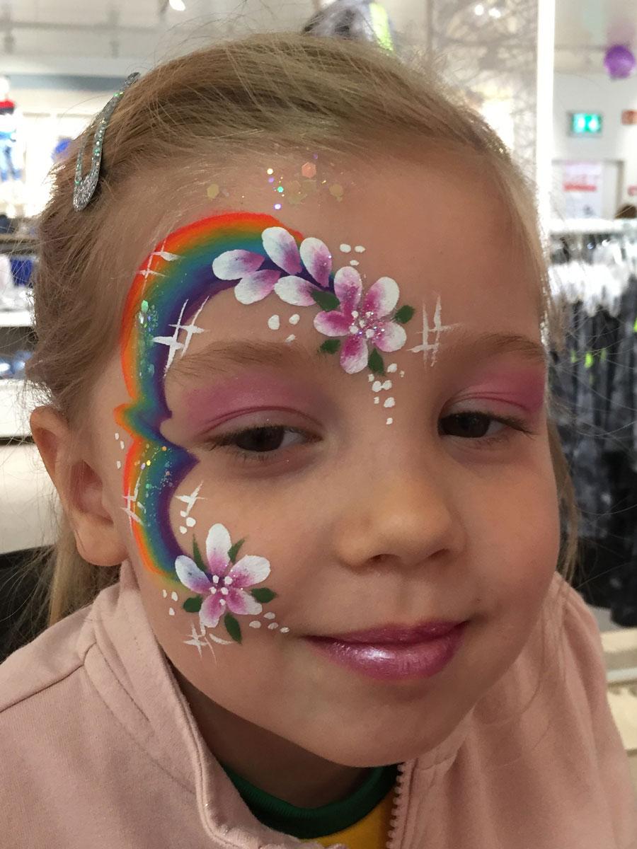 Maquillage fille professionnel arc-en-ciel