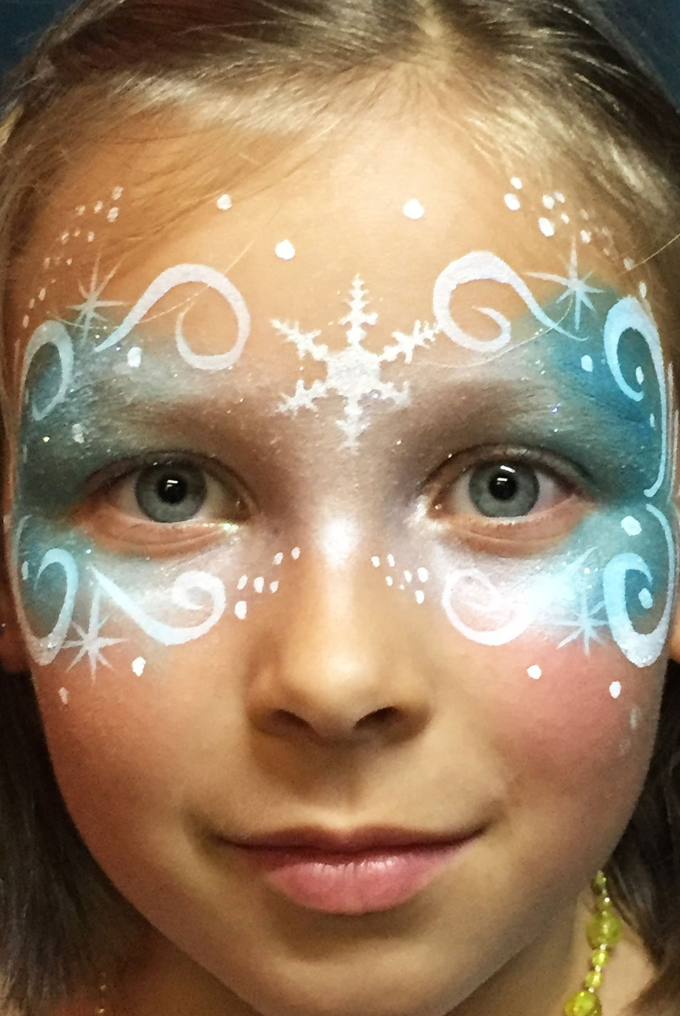 Maquillage fille professionnel reine des neiges