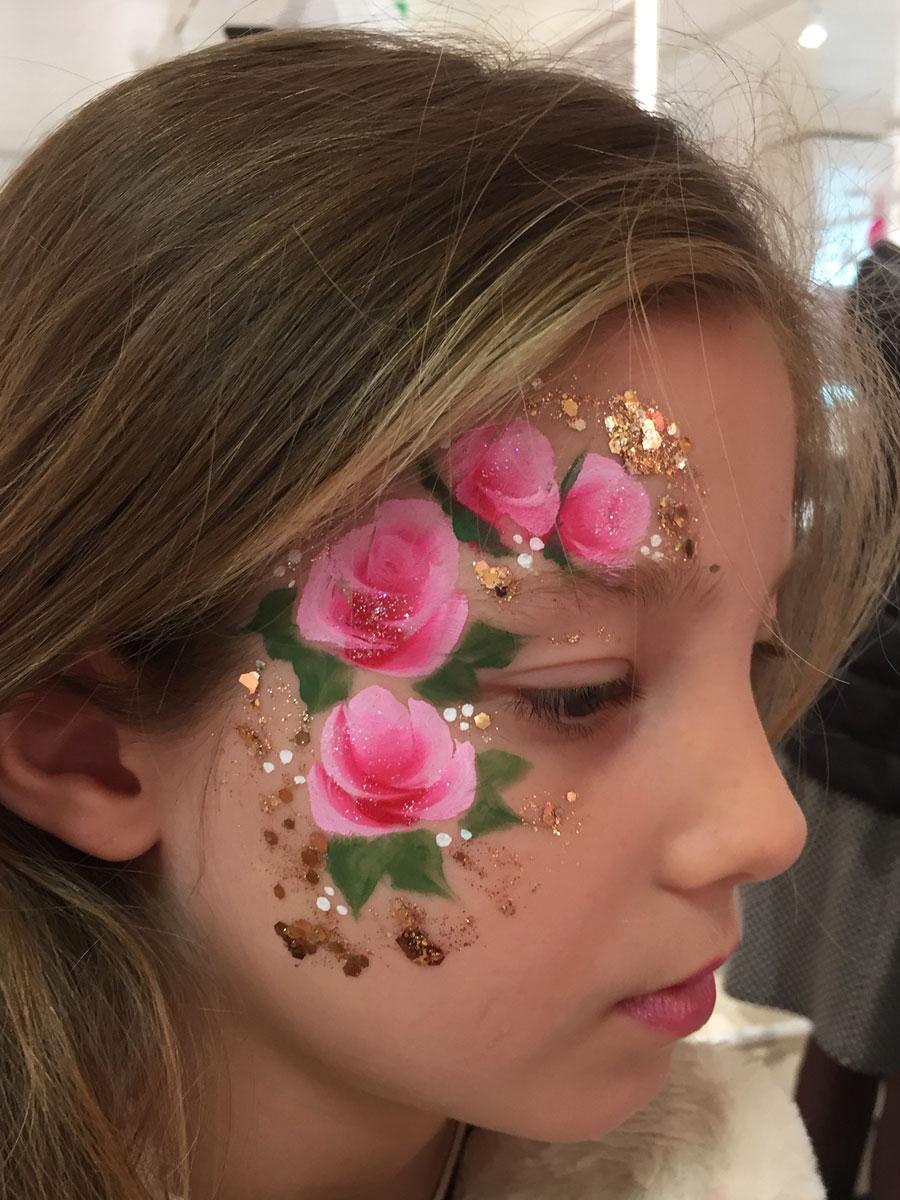 Maquillage fille professionnel fleurs