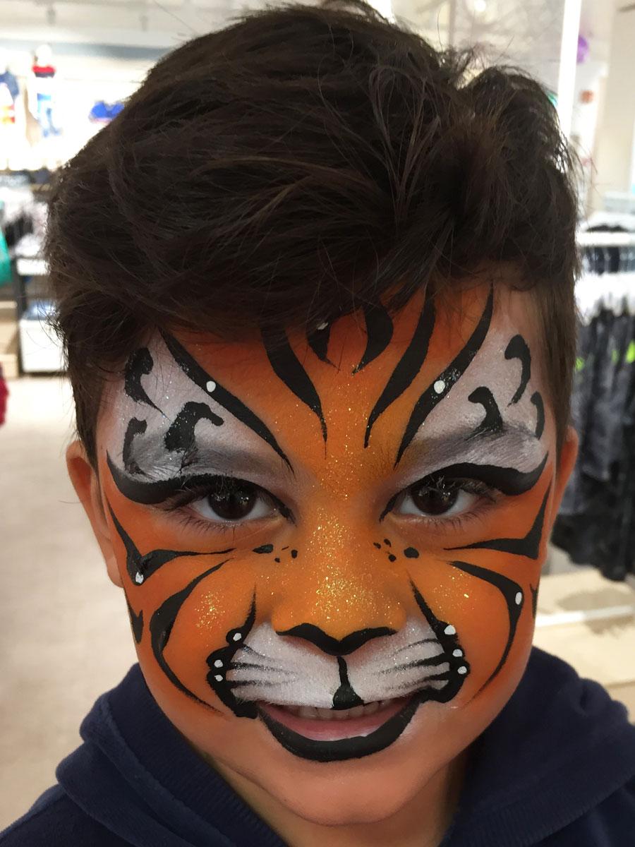 Maquillage garçon professionnel tigre